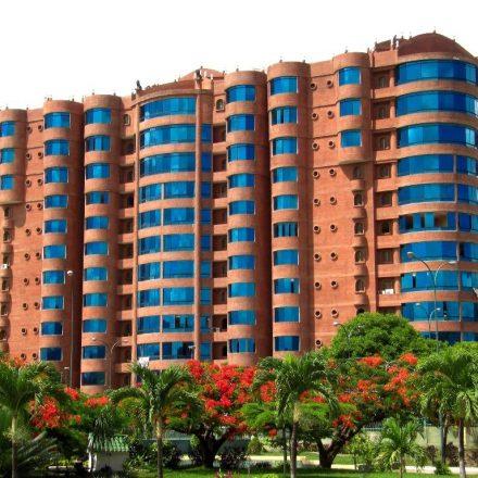 Conjuntos Residenciales<br /> Edificios Empresariales<br /> Edificios Públicos<br />